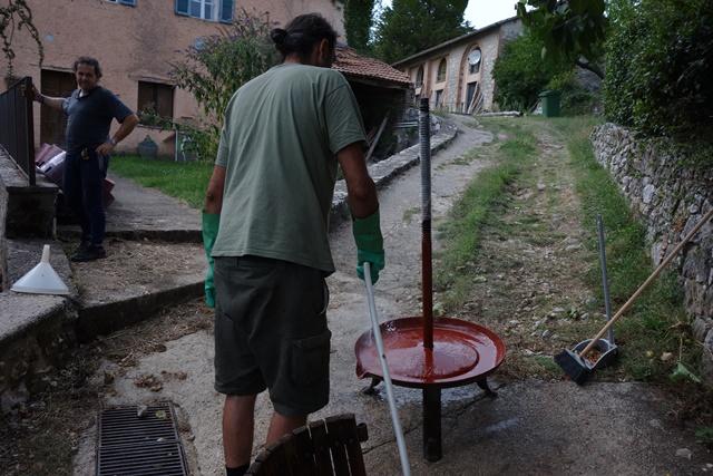 トルキューを洗う